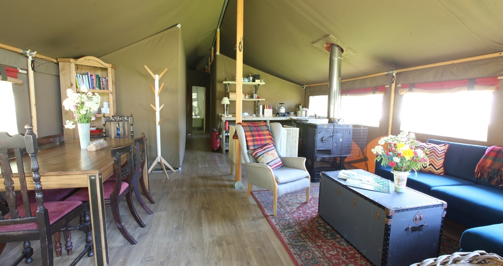 Glamping holidays in the Peak District, Derbyshire, Central England - Edale Gathering