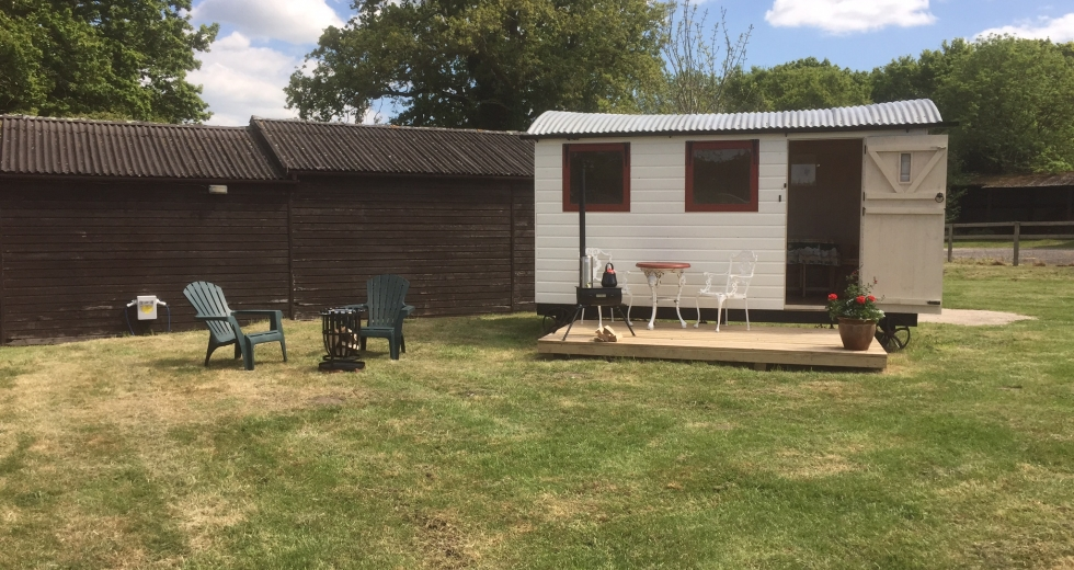 Glamping holidays in Dorset, South West England - Friendship Cottage Glamping