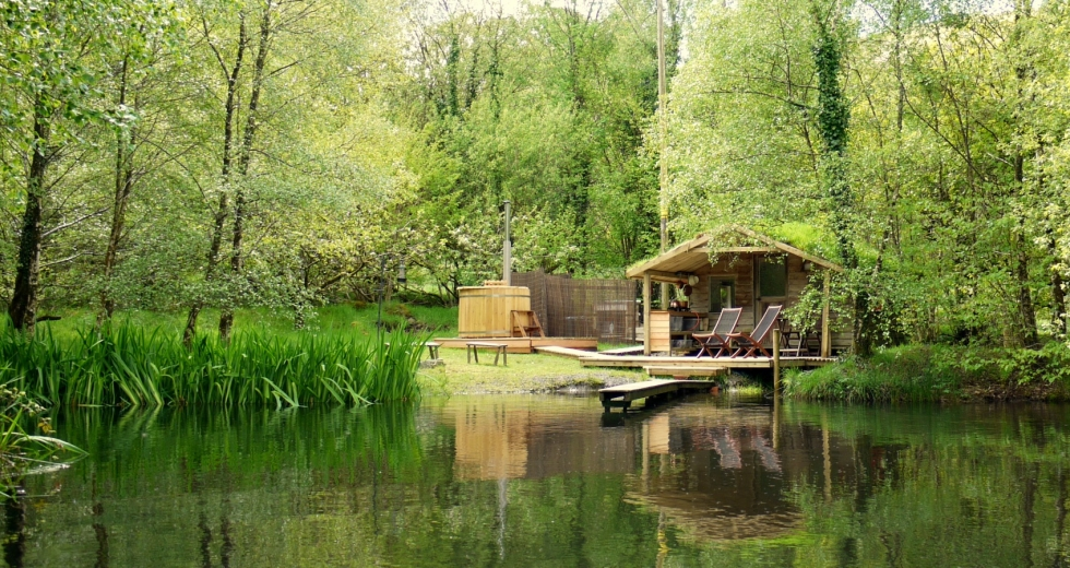 Glamping holidays in Powys, Mid Wales - Cabin on the Lake at Gwalia Farm