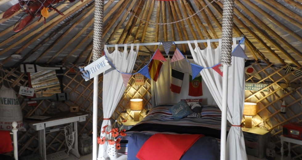 Glamping holidays in Hampshire, South East England - Marina Yurts