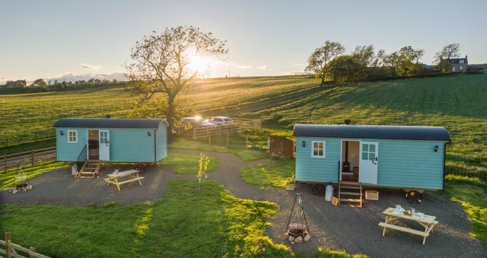 Glamping holidays near Edinburgh, Southern Scotland - Craigduckie Shepherds Huts