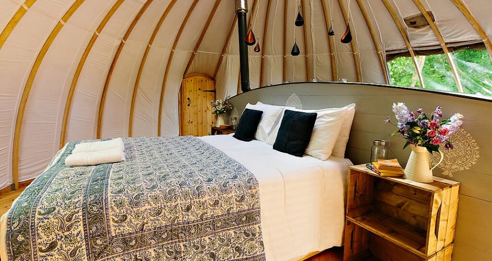 Glamping holidays in Monmouthshire, South Wales - Penhein Glamping