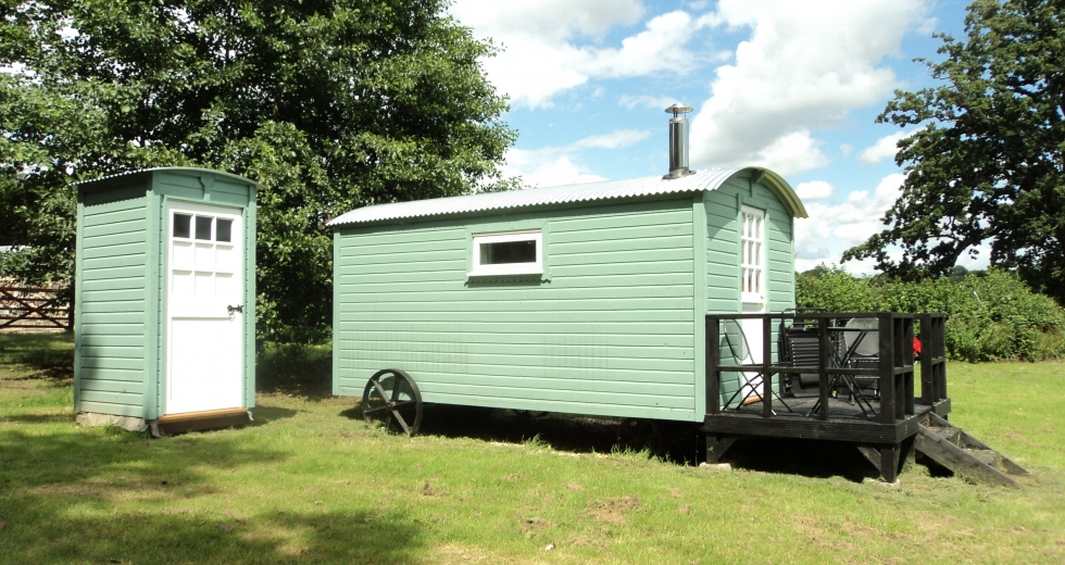 Glamping holidays in Hampshire, South East England - Hampshire Shepherds Hut