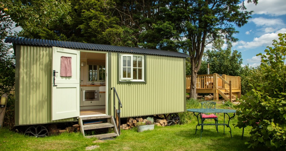 Glamping holidays in Oxfordshire, South East England - Abbey Farm