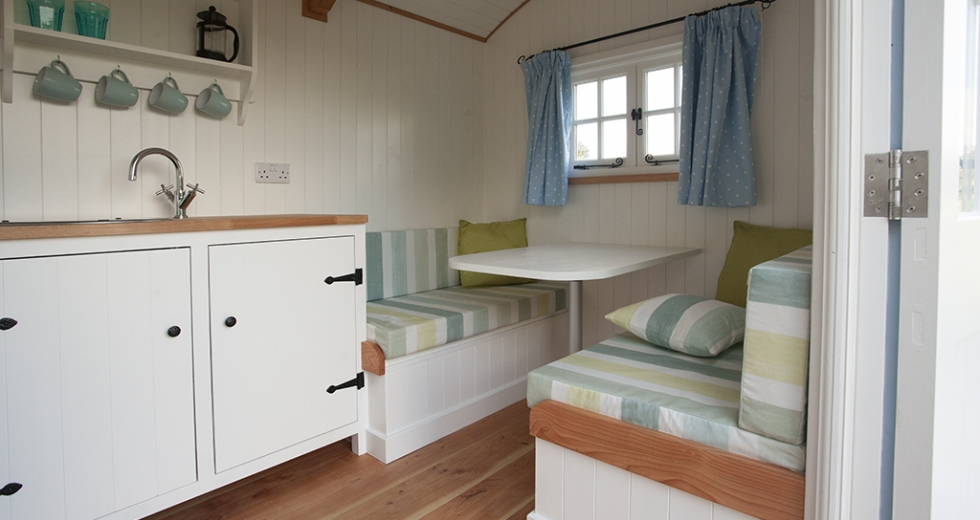 Glamping holidays in Cornwall, South West England - Cornwall Hut Retreat