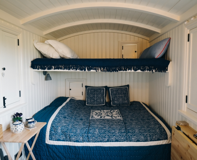 Glamping holidays in East Yorkshire, Northern England - The Swallow's Nest