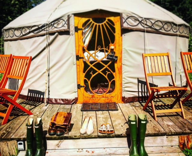 Glamping holidays in Monmouthshire, South Wales - Castle Knights
