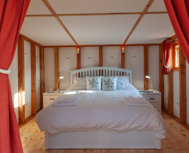 Glamping holidays in the Lake District, Cumbria, Northern England - Kelker Well Roundhouse