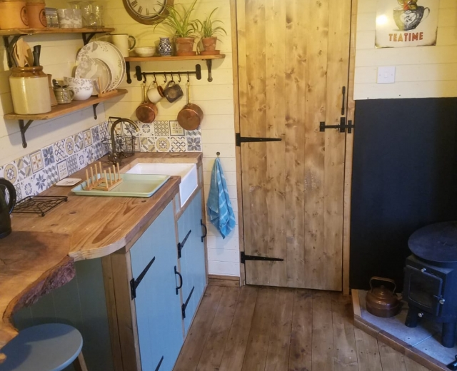 Glamping holidays in the Peak District, Staffordshire, Central England - Shepherds Watch Hut