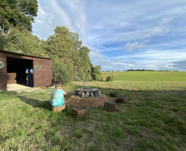 Glamping holidays in Oxfordshire, South East England - Bozedown Boltholes