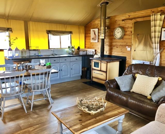 Glamping holidays in Devon, South West England - Knightstone Farm Safari Retreat
