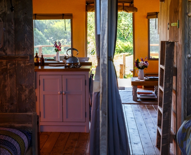 Glamping holidays in Bedfordshire, Eastern England - Re:treat Glamping
