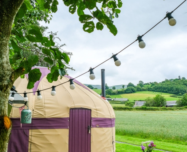 Glamping holidays in the Brecon Beacons, Powys, Mid Wales - Wye Glamping