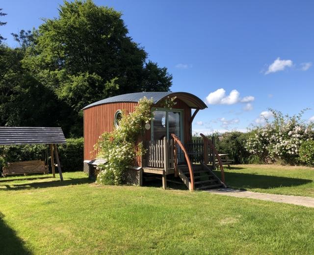 Glamping holidays in Devon, South West England - Zingaro Wagon