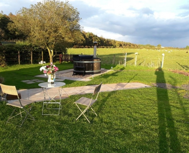 Glamping holidays near the Lake District, Cumbria, Northern England - Low Moor Head