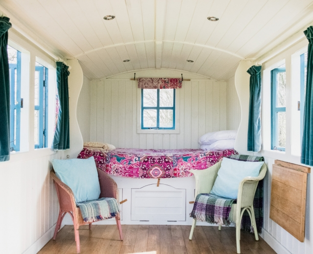 Glamping holidays in Powys, Mid Wales - Wild Meadow