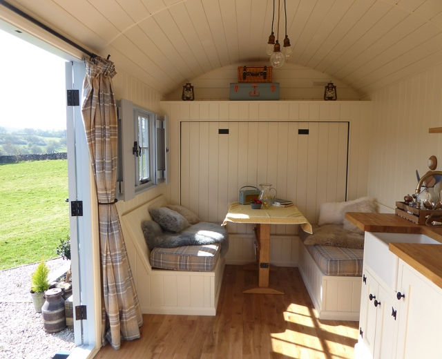 Glamping holidays in Peak District, Staffordshire, Central England - Lavender & Bee Shepherds Hut