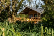 Glamping holidays near London in Bedfordshire, Eastern England - Re:treat Glamping