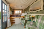 Glamping holidays in Norfolk, Eastern England - Drift Cottage Farm