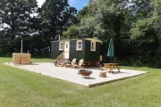 Glamping holidays in Oxfordshire, South East England - Fern Copse Glamping