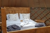 Glamping holidays in the Peak District, Derbyshire - Scaldersitch Farm Glamping