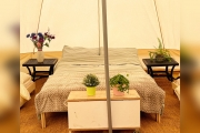 Glamping holidays in Surrey, South East England - Hammonds Glamping